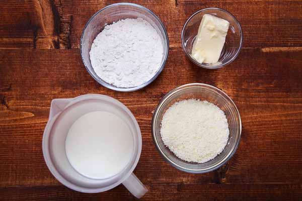 Ingredients for bechamel