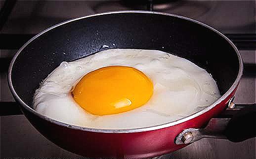 4. fry an egg