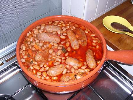 Italian Sausages with Stewed Beans