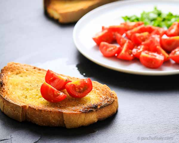 Italian Bread With Tomatoes