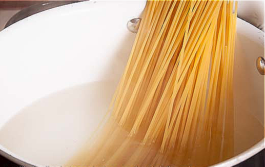 2. add your spaghetti to the pot