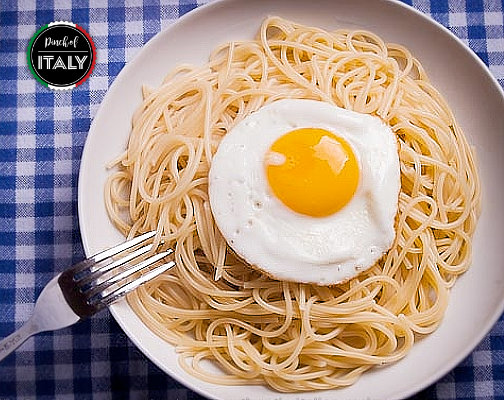 Fried Egg with Spaghetti