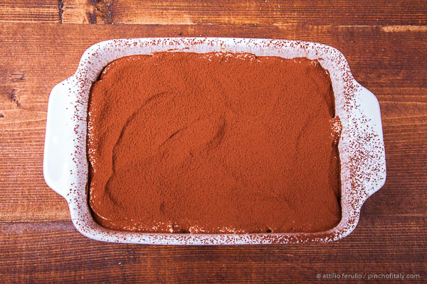 Final sprinkle of cocoa powder...